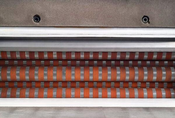 Ricondizionamento e rigommatura rulli per piegatrici | Centro assistenza tecnica autorizzato per la riparazione e ricondizionamento macchinari